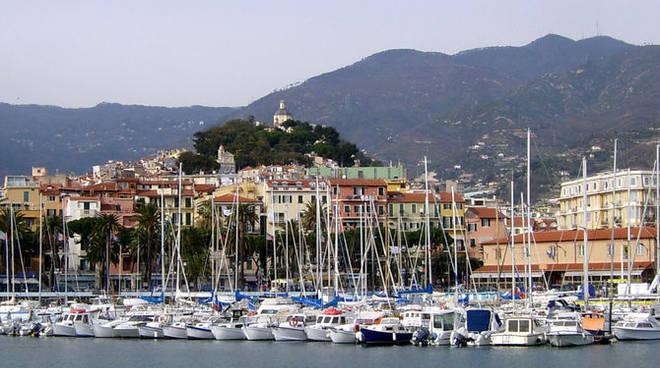 Una veduta del porto vecchio di Sanremo