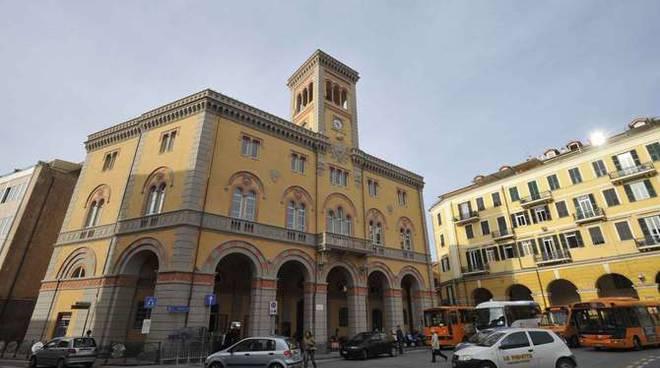 Palazzo cremlino piazza Dante Imperia
