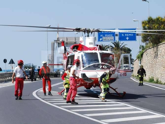 Elicottero Drago 84 : Sub colto da malore agli aregai spettacolari soccorsi del