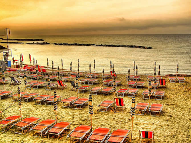 spiaggia bussana