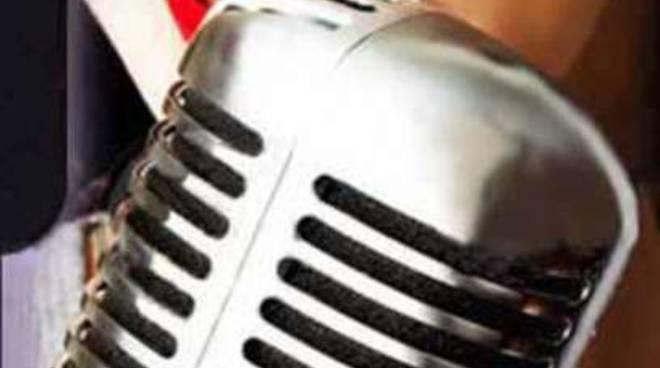 musica concorso microfono cantante