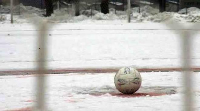 campo neve calcio