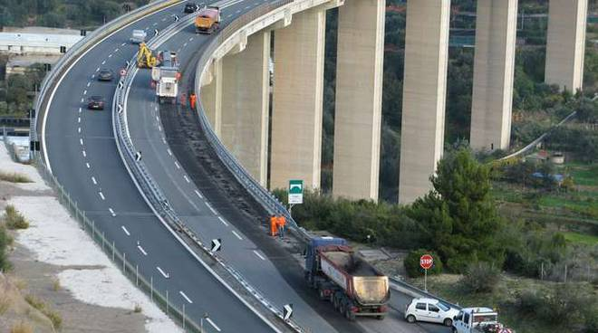 A10 Autofiori Autostrada dei Fiori generica cantiere
