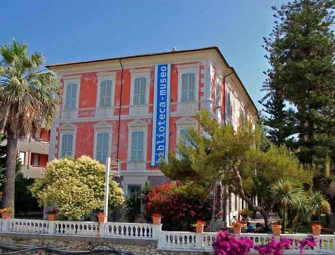 Biblioteca Museo Diano