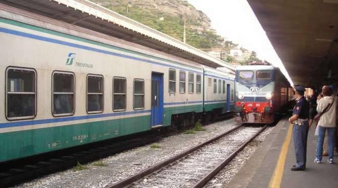 treno azzurro ventimiglia