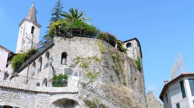 Castello Lucertola Apricale