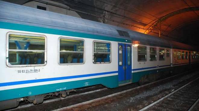 stazione Sanremo treno convoglio generica
