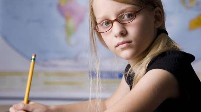 bambini scuola elementari generica
