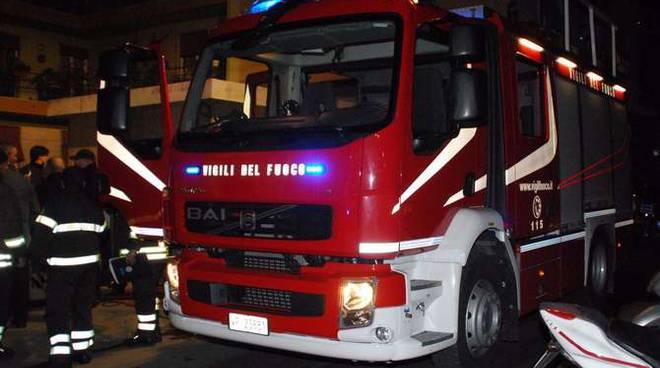 Vigili del fuoco notturna generica