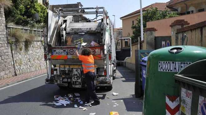 camion rifiuti generica