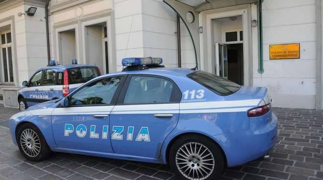 Volante Polizia commissariato Sanremo