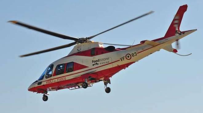 Elicottero elisoccorso Drago 83 Capo Verde generica trasbordo