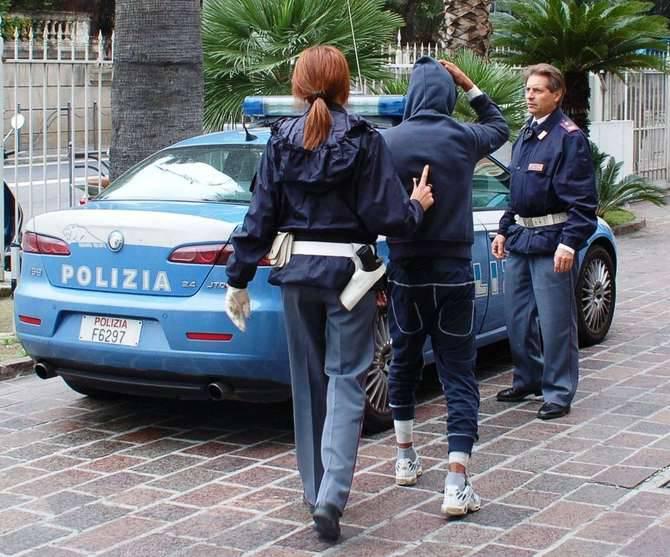 Polizia Arresto tunisini Sanremo