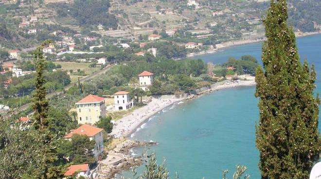 Ventimiglia spiaggia Latte prima