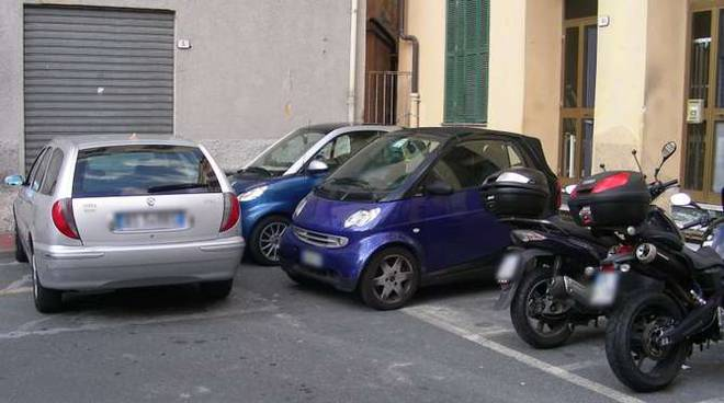 parcheggio selvaggio ventimiglia