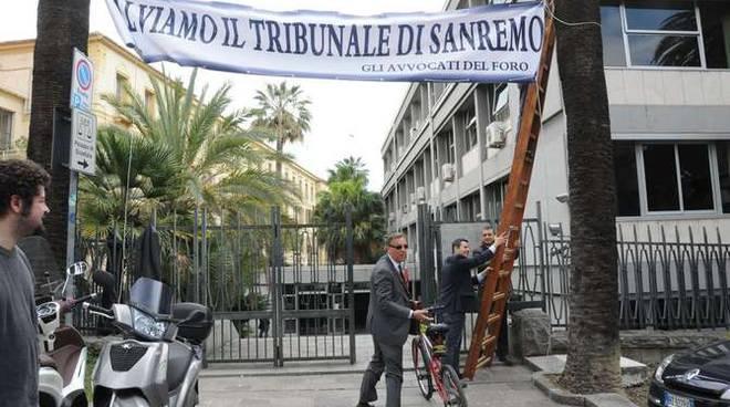 Avvocato Consiglio ordine avvocati Sanremo telone tribunale