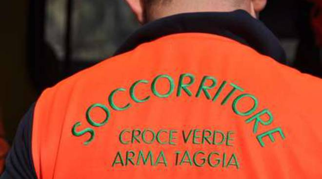 Collage Incidente corso Mazzini Bussana scooter Croce Verde Arma generica