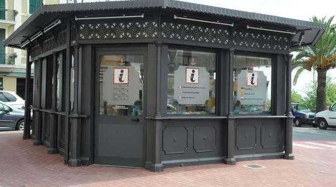 In Ufficio Turismo : Domattina aperto per tre ore l ufficio informazioni turistiche di