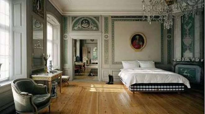 un letto da mille e una notte l 39 intervista esclusiva del nostro interior designer all 39 hastens. Black Bedroom Furniture Sets. Home Design Ideas