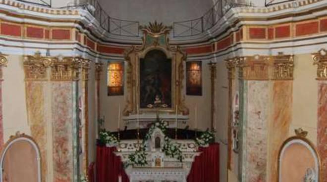 Interno Chiesa Costarainera