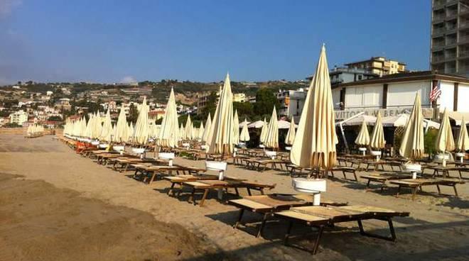 Sciopero ombrelloni spiegge balneari Taggia