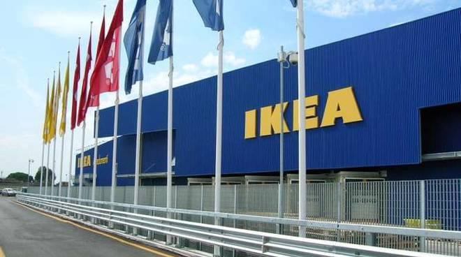 Ikea Ufficio Stampa : Ikea le notizie di un nostro interessamento per le aree parco roja