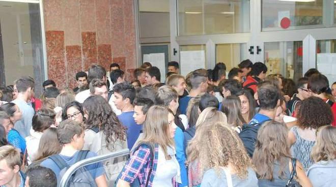 Primo giorno di scuola 2012 Liceo Scientifico Vieusseux e Ruffini Imperia