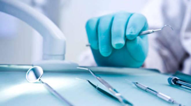 Dentista generica
