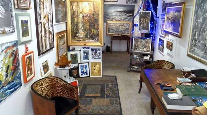 In via giacinti a diano marina lo studio da pittore di - Giacinti in casa ...