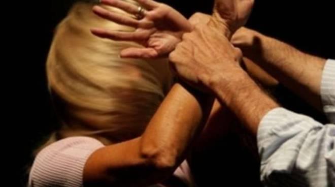 Stalking violenza donne generica