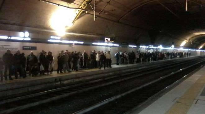 Polfer stazione ferroviaria Sanremo corso fiorito 2013