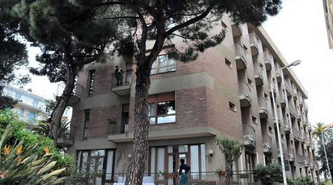 Suicidio anziano residenza Le Palme Taggia