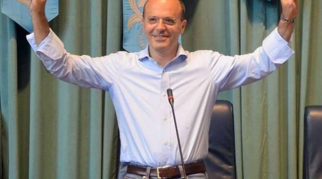Carlo Capacci si insedia in Comune