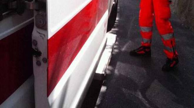 Croce Rossa anziano caduto Diano Arentino