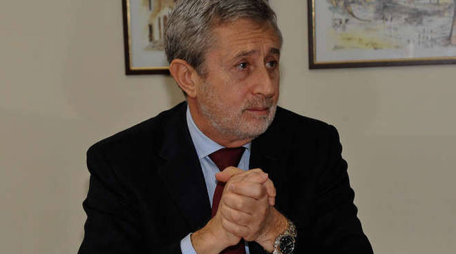 generica procuratore roberto cavallone conferenza stampa procura imperia 6/3/14