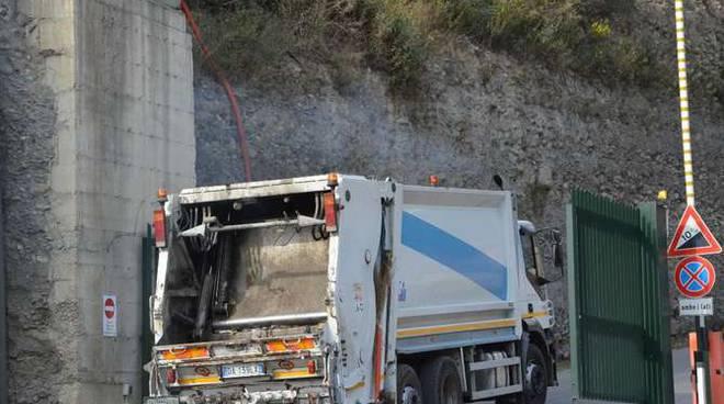 blocco camion collette ozotto