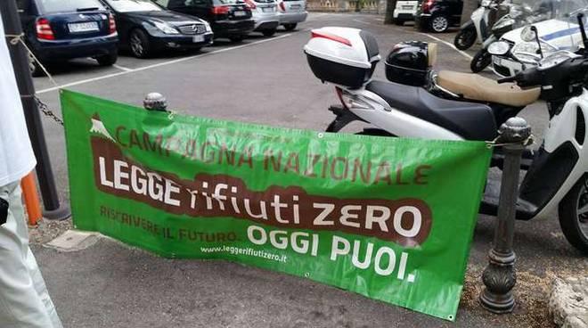 """francesca antonelli alla conferenza nazionale del movimento italiano """"Rifiuti Zero"""""""