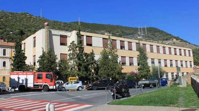 scuola soleri elementari taggia evacuata ott 2014