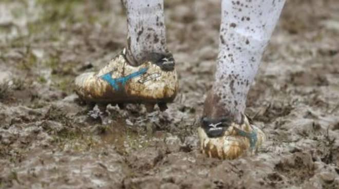 calcio pioggia maltempo generica