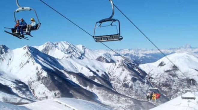 stagione sciistica - sci - treni