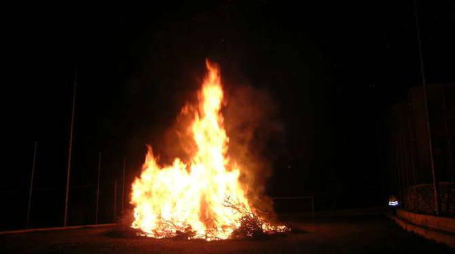 fuoco falò
