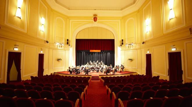orchestra sinfonica al teatro dell'opera