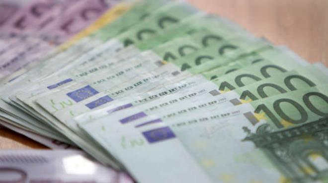 soldi banconote euro generica