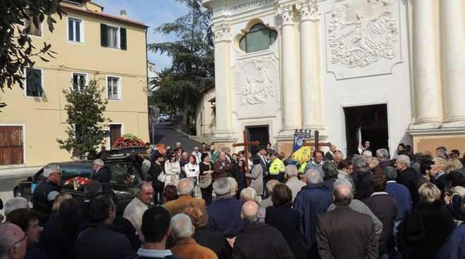 funerali sindaco di pompeiana Rinaldo Boeri