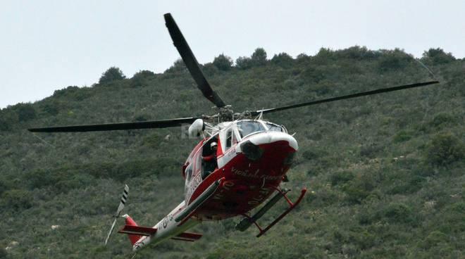 Elicottero In Tedesco : Giovane turista tedesco cade in un dirupo volo l