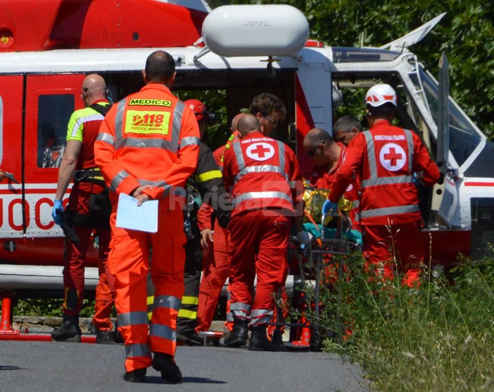 elisoccorso elicottero vigili fuoco croce rossa 118 115 saint charles bordighera generica