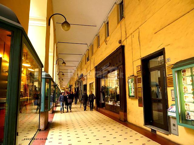 shopping imperia oneglia