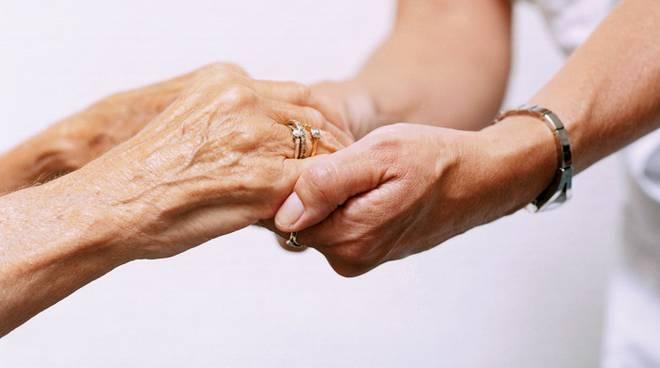 sociale servizi sociali generica anziani aiuto