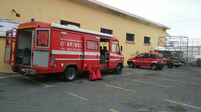 vigili del fuoco pompieri 115