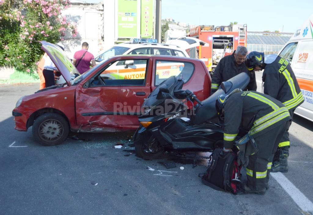 incidente auto scoooter riva ligure 115 118 croce verde rossa